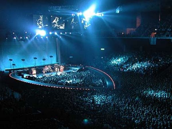 U2 Tours Elevation